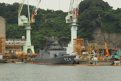 海上自衛隊3